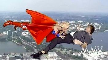 cartoon supergirl nackt